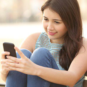 5 Ways to Protect Your Eyes When Using Smartphone
