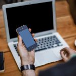 How To Use Your Smartphone To Be A Better Investor On The Move